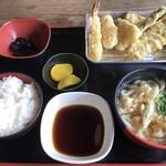 隈屋 - 天ぷら定食=700円