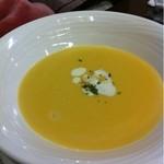 雅DINING - セットのコーンスープ