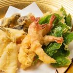 ヴィラージュ伊豆高原 - 【天婦羅】揚げたて野菜や魚介類の自然な甘みをご堪能あれ
