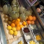 アップルワークス - 新鮮なフルーツいっぱい!