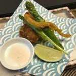 113874638 - 選べる旬菜は、鱧の三味揚げをいただいました。