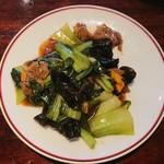 Ninnin - 牛肉とチンゲン菜オイスターソース炒め