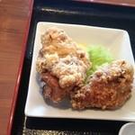 さくら通り食通 - 鶏唐揚2個150円