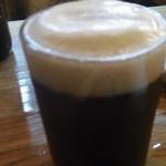 風味亭 - 風味亭の黒ビールそそぎました。(12.01)