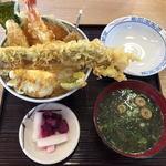 多呂衛門 - 多呂衛門天丼、味噌汁・漬物セット