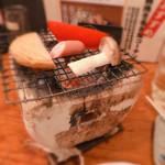鳥菊 - お通し 480円 一人飲みにはちと恥ずかしいスタイル(//∇//)