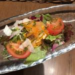 113920202 - 本日のサラダ、チキンのエスカベッシュマリネのサラダ仕立て