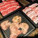 全席個室居酒屋 一 - 牛タンと牛肉と豚肉