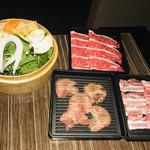 全席個室居酒屋 一 - 一番最初に運ばれてきた肉と野菜