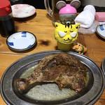 113923389 - 骨付鶏ひな880円(税別)