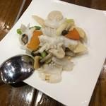 Chuugokukyoudoryourikinri - 海鮮ニ種のさっぱり塩炒め
