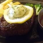 肉の万世 - 黒毛和牛厚切りステーキセット