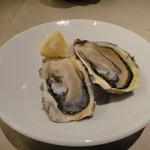ガンボ&オイスターバー - サロマ湖の牡蠣(1780円のセット)