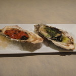 ガンボ&オイスターバー - 焼き牡蠣2種