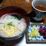 山里波 - かに雑炊・お漬物