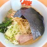山岡家 - 料理写真:醤油ラーメン+白髪ネギ