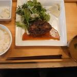113955803 - 肉定食 山形牛ハンバーグ \1000(19-08)
