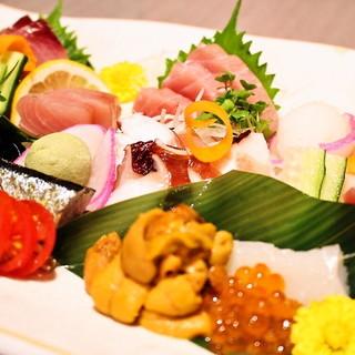 豊洲市場より直送!新鮮な海鮮をはじめ,創作料理が豊富にあり♪