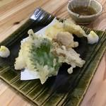 浜潮 - 槍烏賊の天ぷらです。柔らかくて絶品です。