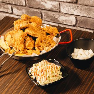 チキンは10種以上からお好きな味を!