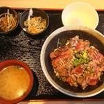 113976734 - 金の澤ステーキ丼定食。