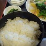 チャイナダイニング煌 - ライス、高菜の漬物、杏仁豆腐