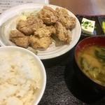 串源屋 - 鳥唐揚げ定食