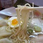 国民食堂 - しょうゆらーめん 白・麺