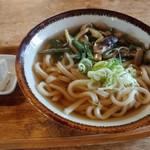 東山本店 - 山菜うどん550円