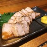 肉味噌おでん かづさ屋 - 名物!豚バラチャーシュー