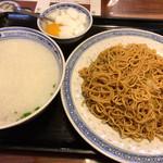 114014341 - 嘉賓(牛肉入おかゆ、カキソース和えソバ)