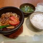 新天町倶楽部 - BBQ(ビービーキュー)鍋 650円
