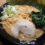 一蓮家 - 料理写真:味噌ラーメン 800円