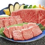 焼肉館勝 - 伊萬里牛の特上部位とサーロインステーキの贅沢な盛合せ!!