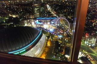 アーティスト カフェ - 東京ドームの夜景