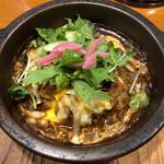 伽哩本舗 - チキンとキノコの焼きカレー(日替わりランチ)