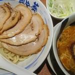 麺や葵 - つけチャーシュー(トッピング:ネギ)