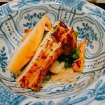 Akiyama - 椀 白甘鯛と松茸