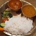 ネパール民族料理 カスタマンダップ - ダルバットセット