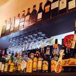 11406941 - 洋酒の山!!