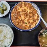 清山食堂 - 料理写真:麻婆豆腐定食600円