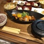 114068570 - 若鶏と季節野菜の黒酢あんかけ定食