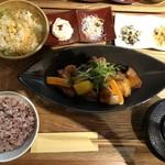 114068572 - 若鶏と季節野菜の黒酢あんかけ定食