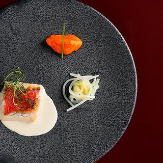【江戸の粋とフランス料理の融合】鉄板焼きコースは限定8席!