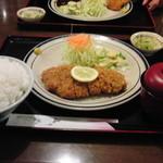 レストラン かつみ - ロースかつ定食