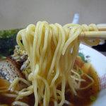 ぎょうざ家 ひろ - 2012年1月 麺は中細のややちぢれです
