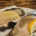 ふらの家本町酒場 - 仙鳳趾の牡蠣