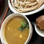 武蔵野うどん 一彩 - たたみ麺のカレー汁うどん