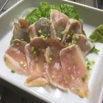 東京焼肉 あかね - 『宮崎県産鶏のたたき』おつまみも充実。