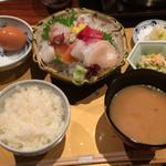 Hamanoki - お造り膳。ごはん・味噌汁はお替り自由。